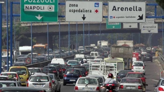 napoli traffico in tilt sulla tangenziale