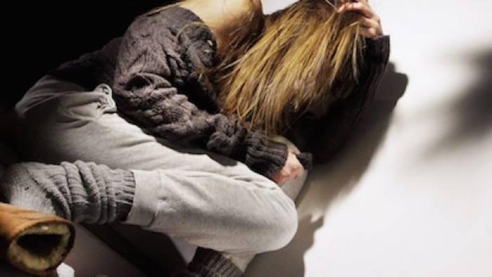 violenza sessuale nei confronti di una 16enne arrestato 48enne