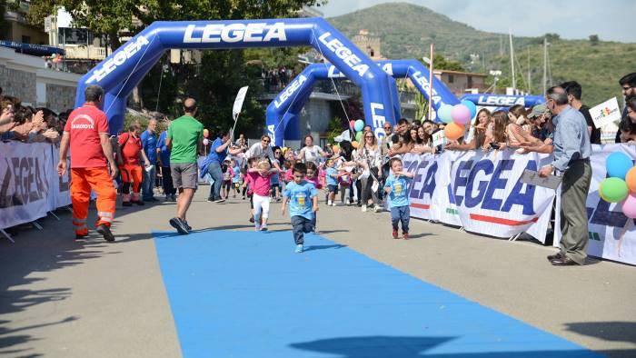 camerota 300 bambini in corsa per la minimito