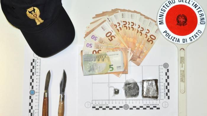 detenzione e spaccio di droga denunciato un 25enne