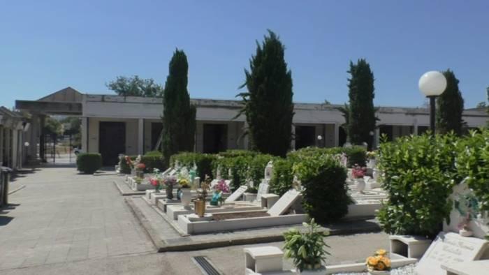 grottaminarda oggi riapre il cimitero