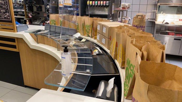 mcdonald s 3410 pasti caldi donati tra salerno e potenza