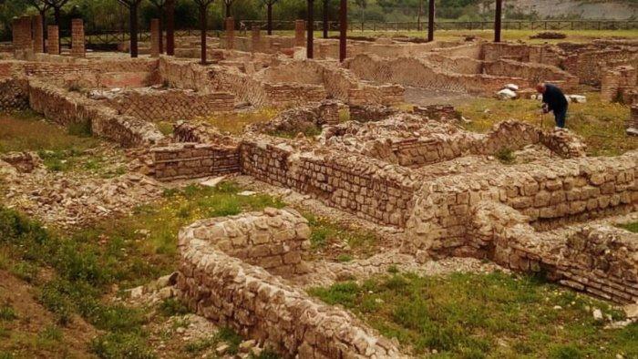 nuovi reperti archeologici il ministro metta in sicurezza