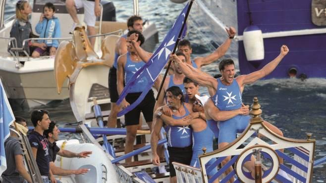 Amalfi vince in casa la 61esima edizione della regata storica
