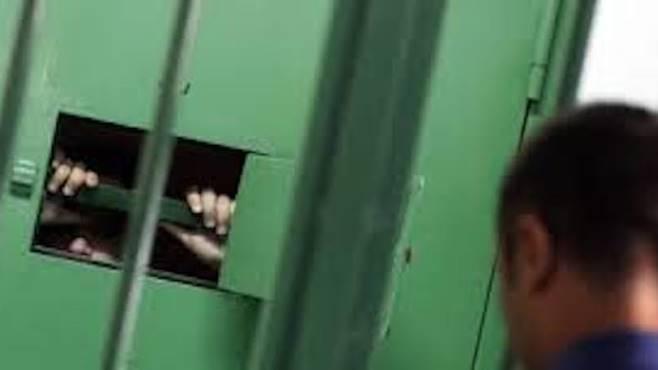 """Carceri, detenuto distrugge cella a Palmi: la denuncia del Sappe"""""""