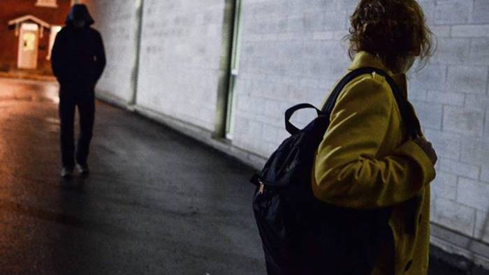 Sorpreso a spacciare sul Lungomare Trieste: arrestato 18enne egiziano