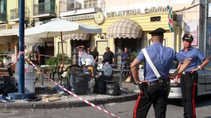 Napoli, agguato in strada: 32enne ucciso a colpi di pistola