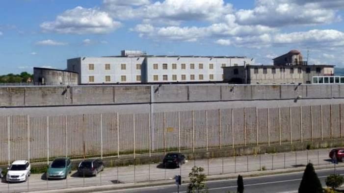 ariano aggressione in carcere due agenti in ospedale
