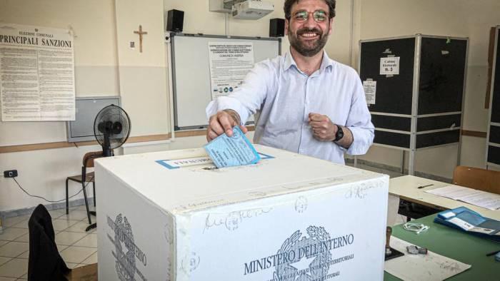 alfonso golia nuovo sindaco di aversa
