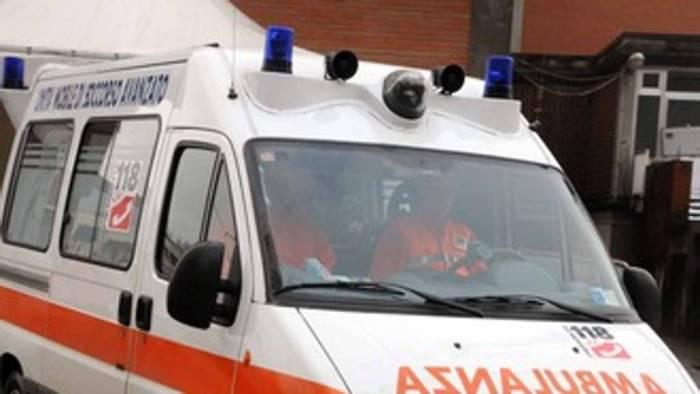 tragedia a summonte 45enne muore schiacciato dal trattore
