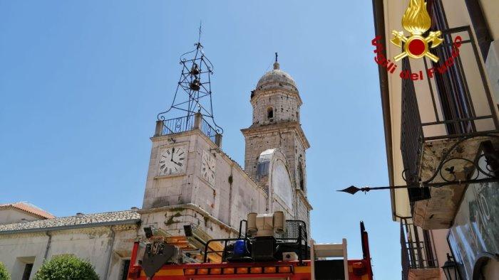 problemi alla stabilita della croce chiusa la cattedrale