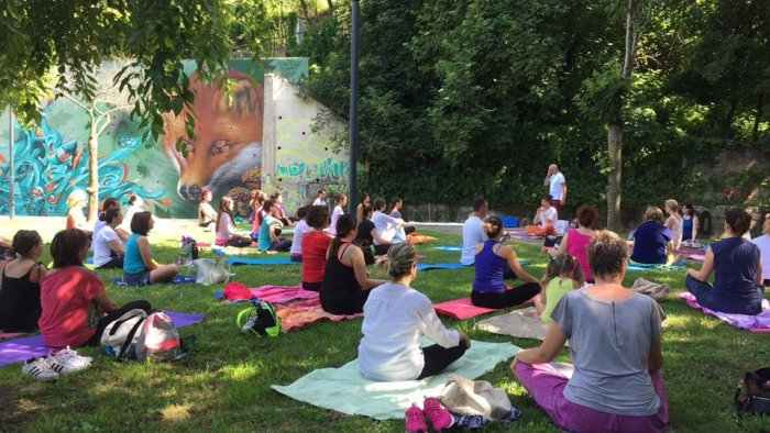 yoga in parco a baronissi