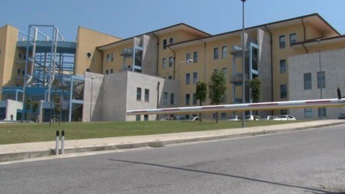 l ospedale moscati amplia il parco mezzi arrivano due nuove ambulanze