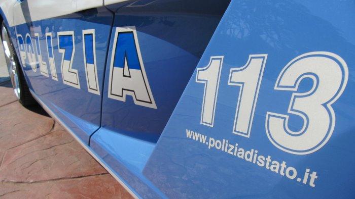 minorenne senza patente provoca incidente polizia denuncia un 17enne