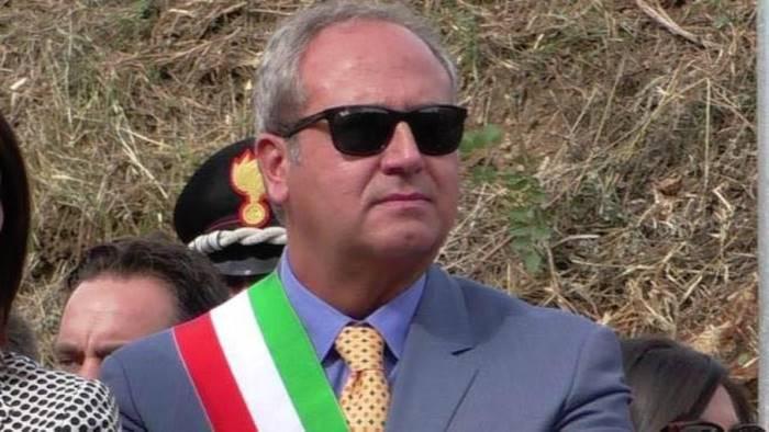 terremoto in forza italia montella lascia come capogruppo
