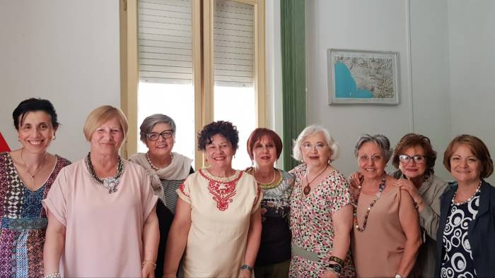 parrucca per i malati di cancro chiedero a de luca sostegno