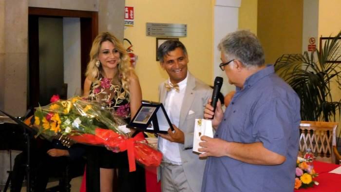 premio pulcinella all ambasciatore del sorriso angelo iannelli