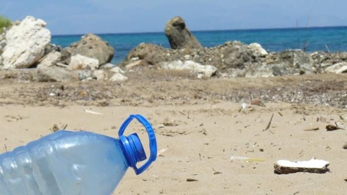 il comune di atrani diventa plastic free