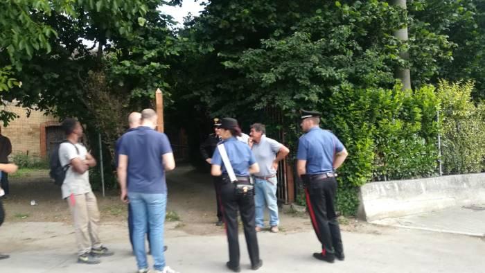 furto nel cantiere di viale italia indagano i carabinieri