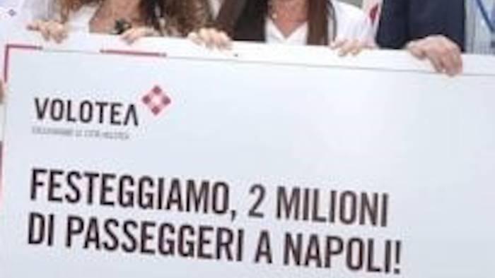 2 milioni di passeggeri volotea regala 1 anno di voli gratis