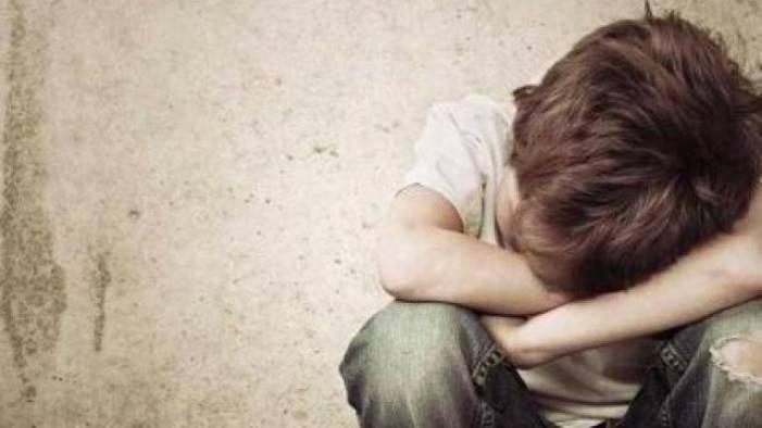 botte e violenze a ragazzo disabile insegnante ai domiciliari