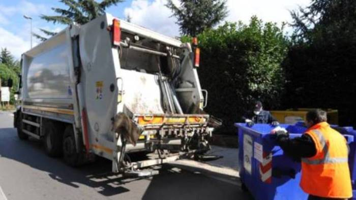 rifiuti e rottura definitiva tra pratola e irpiniambiente