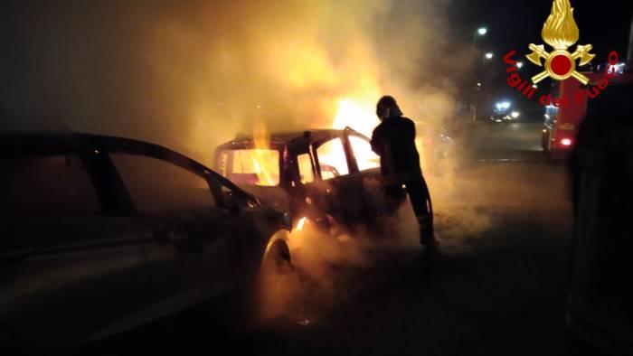 due auto a fuoco a san potito ultra