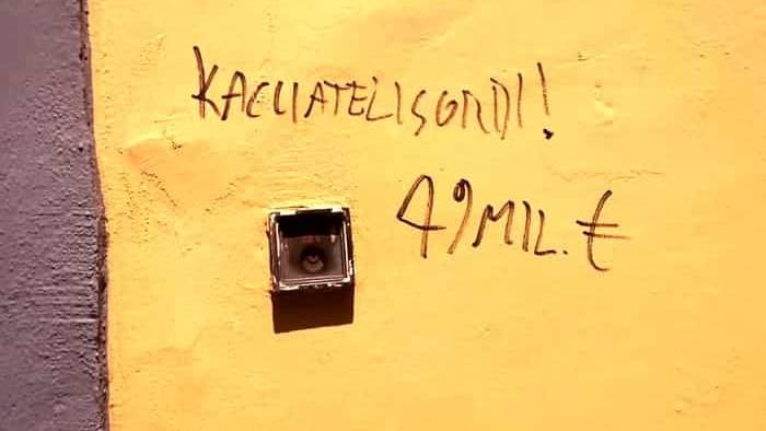 caccia 49milioni vandalizzata sede della lega