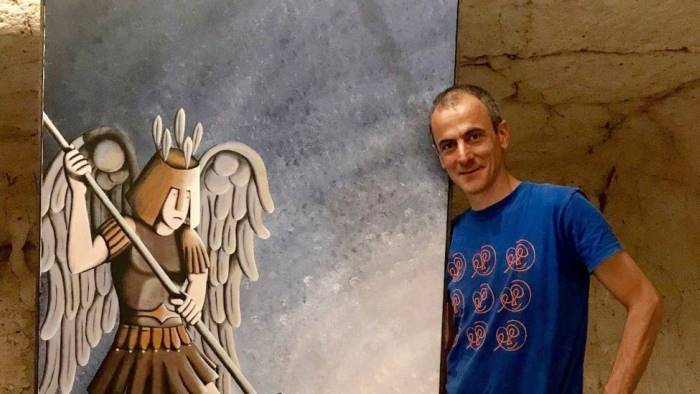 luca pugliese e il suo arcangelo michele a monte sant angelo