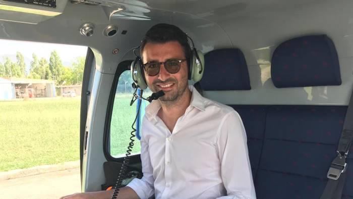 inquinamento mari e fiumi controlli del sindaco in elicottero