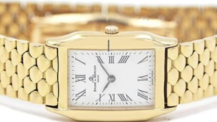 orologio d oro nei rifiuti ritrovato dagli operai e restituito