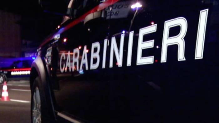 furibonda lite in un condominio intervengono i carabinieri