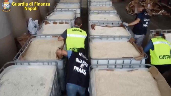 Salerno, sequestrate nel porto 14 tonnellate di amfetamine prodotte dall'Isis