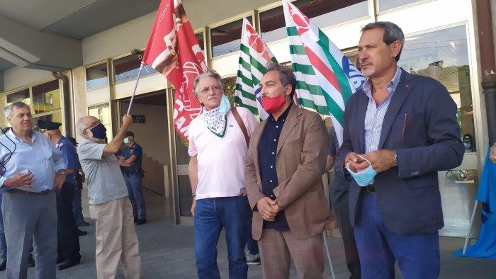 stazione dimenticata sos dei sindacati siamo isolati