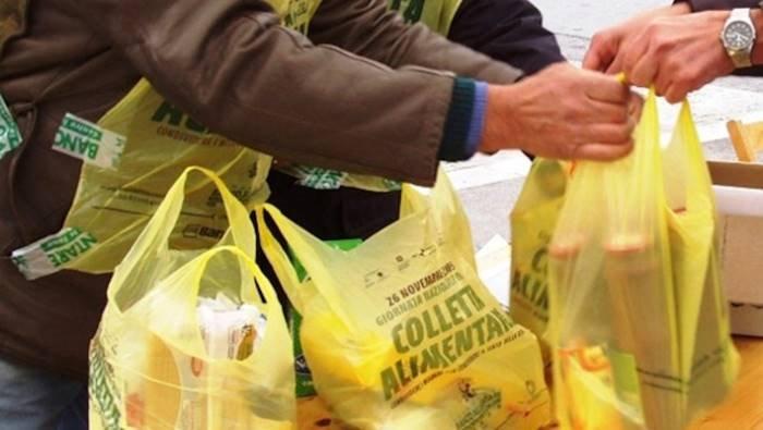 castel san giorgio aiutate 600 famiglie col pacco alimentare