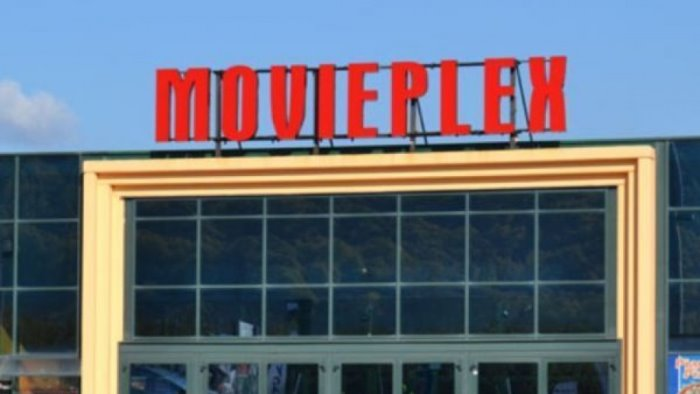 mercogliano chiude il movieplex cosi non possiamo continuare