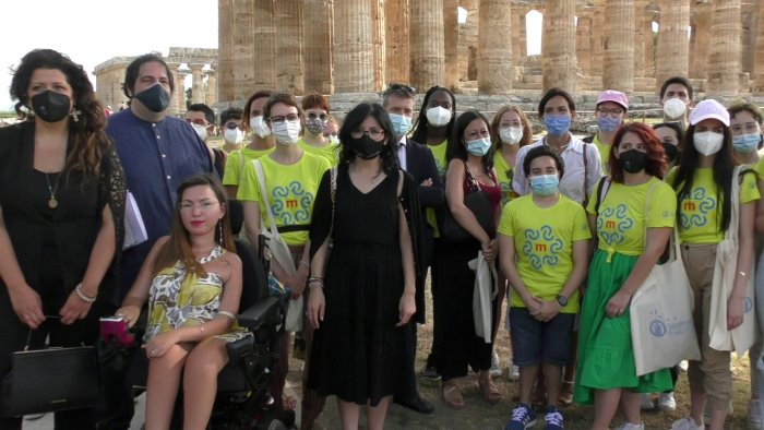 vaccini transizione ecologica e digitale il ministro dadone a paestum