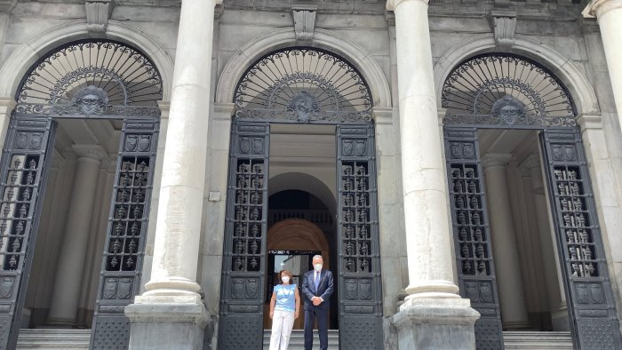 riaprono le porte della sede storica della federico ii a napoli