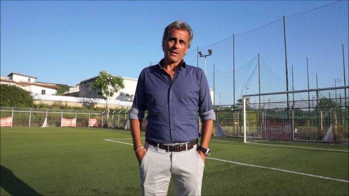 centro ester carioca mister mauro agovino sulla panchina della prima squadra