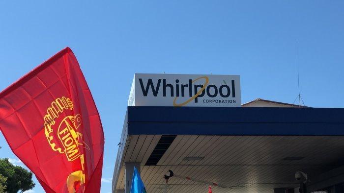 vertenza whirlpool anche i metalmeccanici salernitani in sciopero