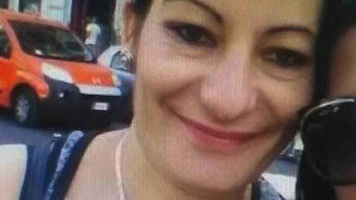 prostituta uccisa nujka lo faceva per far mangiare i figli