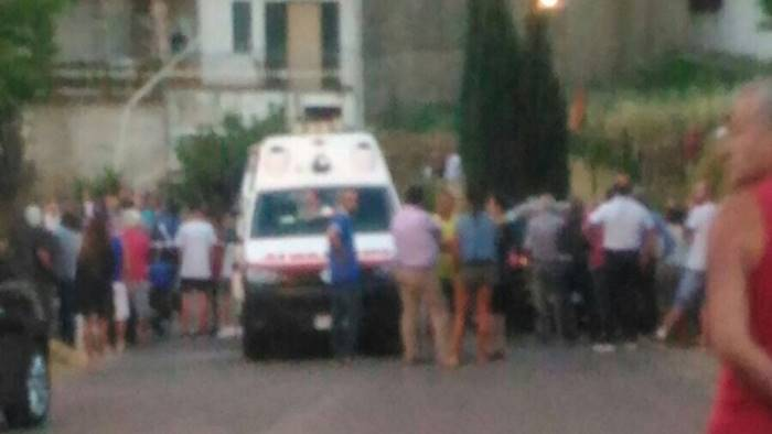 Tragedia a Tramonti: uomo travolto e ucciso durante una processione