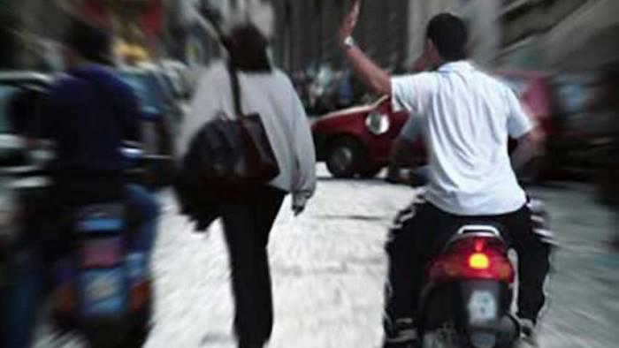 Ragazze beneventane aggredite e rapinate a Napoli