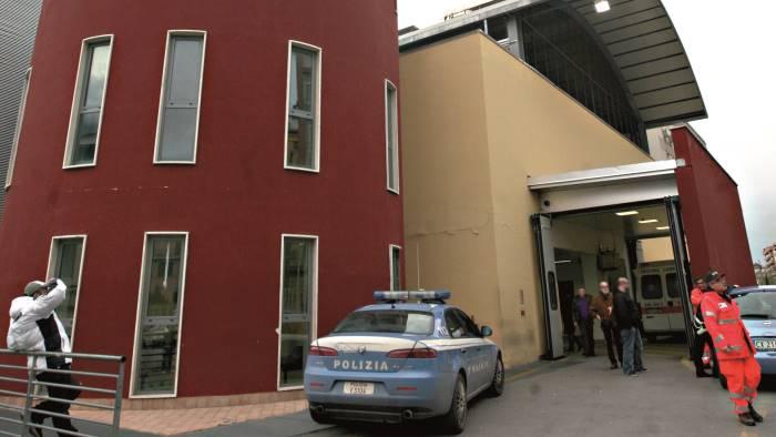 Bimbo muore durante il parto, tragedia a Castellammare