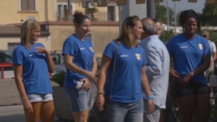video nazionale femminile di pallavolo in visita a paestum