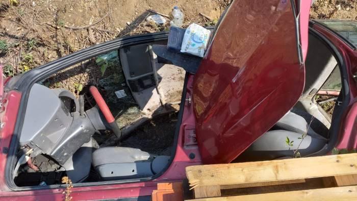 incidente stradale auto capovolta ferita una donna