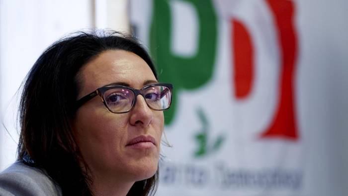 valente il pd deve riunire sinistra napoletana non dema