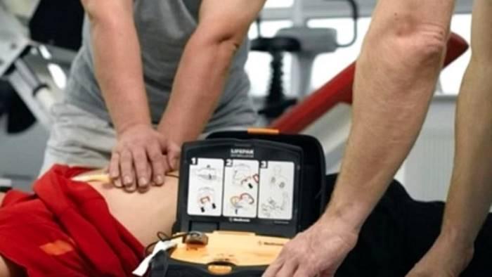chiusano rubano defibrillatore in piazza gesto ignobile