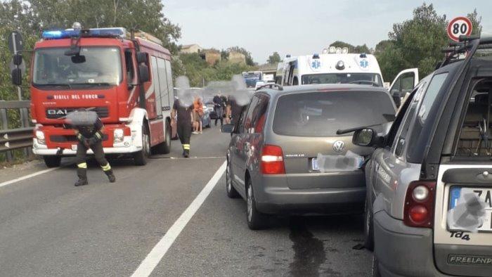 scontro sulla telesina feriti e traffico bloccato