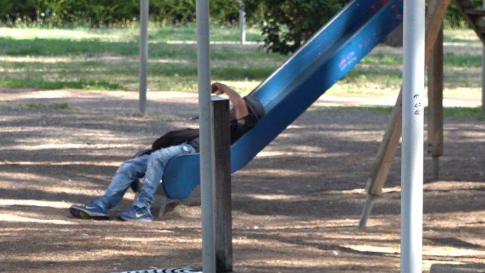 ubriachi degrado e spaccio questo parco e un inferno